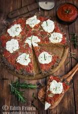 Pizza cu blat de carne