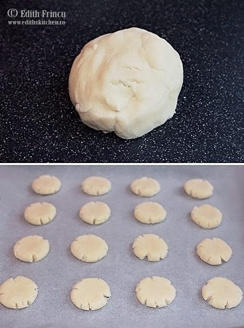 aluat-biscuiti-cu-faina-de-cocos