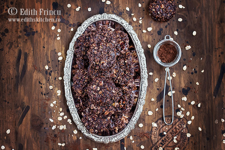 Biscuiti cu unt de arahide si ovaz / fulgi de ovaz intr-un sos delicios de unt, cacao, lapte si unt de arahide / Edith's Kitchen