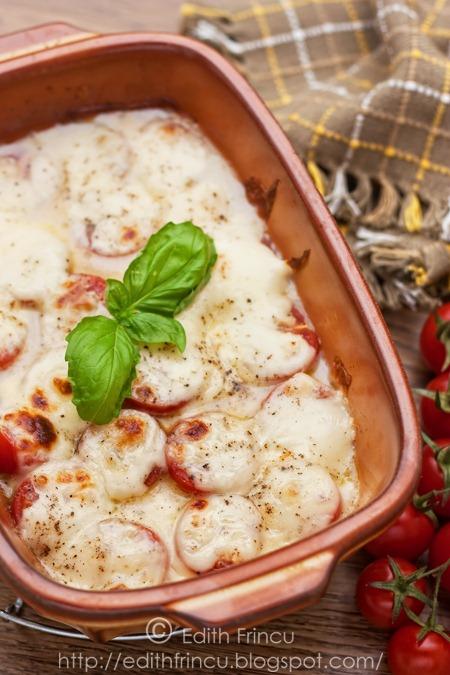 mozzarella si rosii gratinate 3 thum 1 - MOZZARELLA SI ROSII GRATINATE