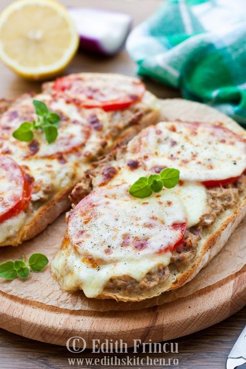 sandviscutonsimozzarella thumb3 1 - SANDVISURI CU TON SI MOZZARELLA