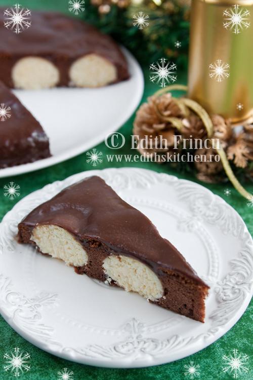 prajitura cu ciocolata si bilute de cocos 1 - PRAJITURA DE CIOCOLATA CU BILUTE DE COCOS