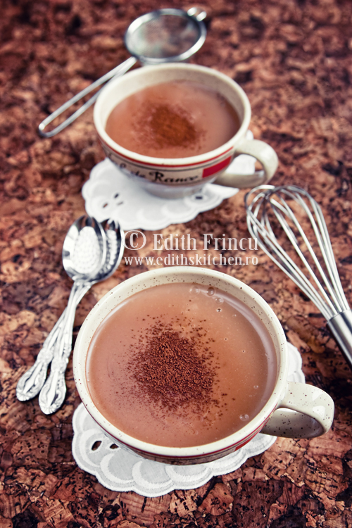 ciocolata cremoasa - CIOCOLATA CALDA CREMOASA