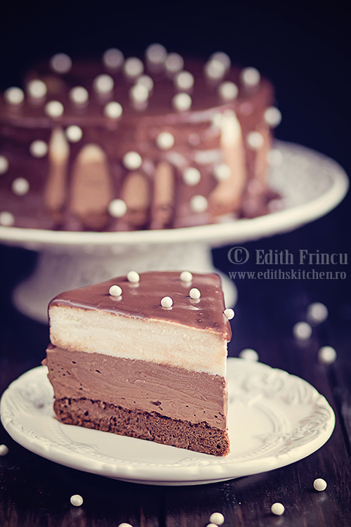 tort ciocolata 1 - Tort cu ciocolata si mascarpone