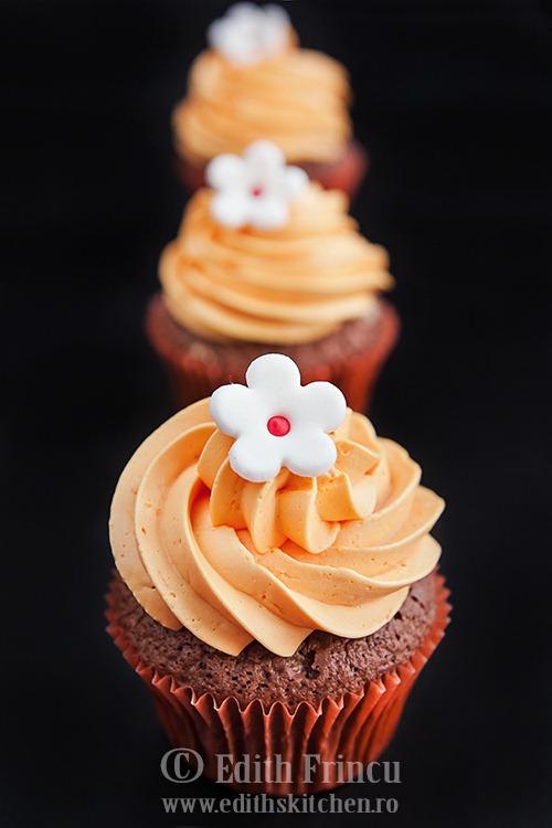 orange cupcakes 1