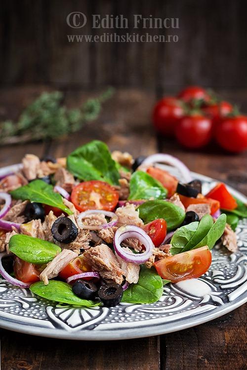 salatacuspanacsiton thumb 1 - Salata cu spanac si ton