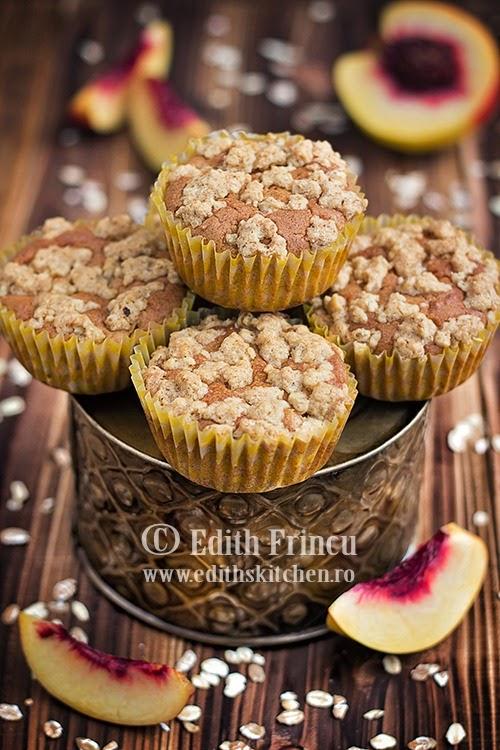 muffins cu piersici