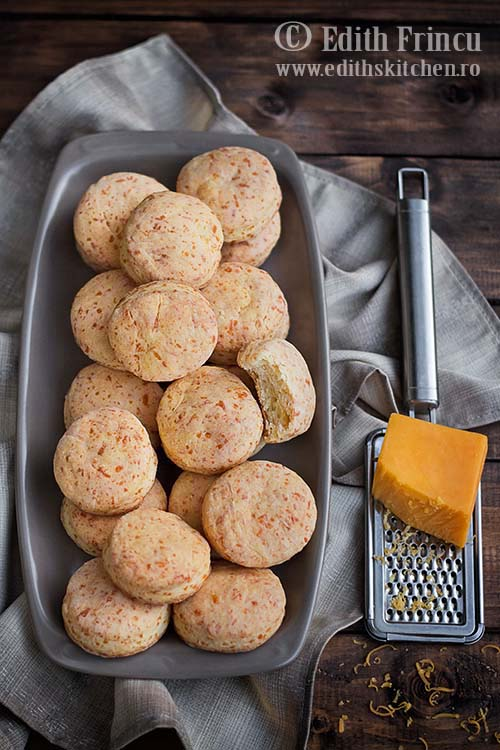 biscuiti cu cheddar 2