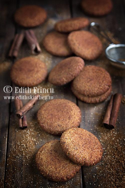 biscuiti-cu-migdale-si-scortisoara-2