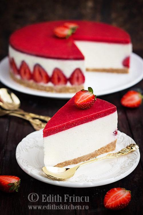 cheesecake cu capsuni 1 1 - Cheesecake cu capsuni
