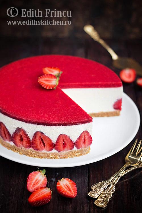 cheesecake cu capsuni 2 - Cheesecake cu capsuni