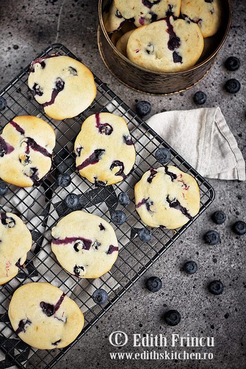 biscuiti cu afine 1 - Biscuiti cu afine