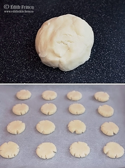 aluat biscuiti cu faina de cocos - Biscuiti cu faina de cocos
