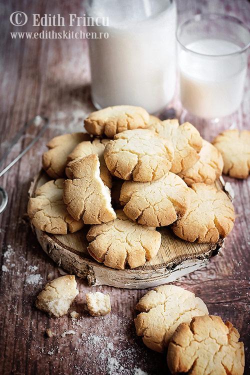 biscuiti cu faina de cocos 1 - Biscuiti cu faina de cocos