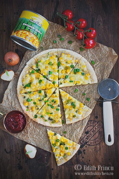 pizza cu porumb si ceapa 1 - Pizza cu porumb si ceapa