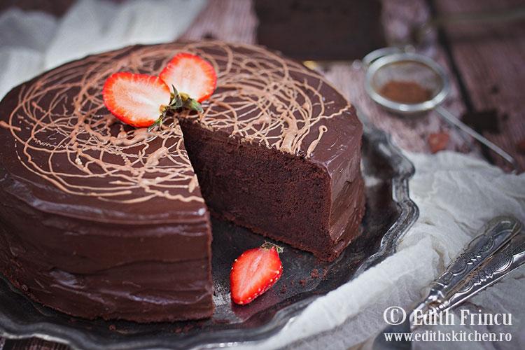 Prajitura cu glazura de ciocolata / Prajitura de ciocolata / Edith's Kitchen
