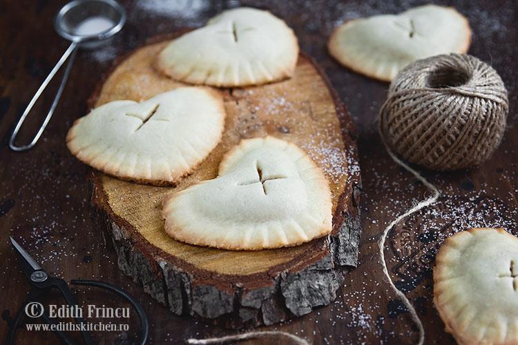 biscuiti cu ananas caramelizat 1 - Biscuiti cu ananas caramelizat