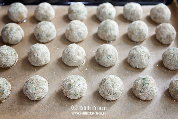chiftelute de ciuperci cu orez in tava - Chiftelute de ciuperci cu orez