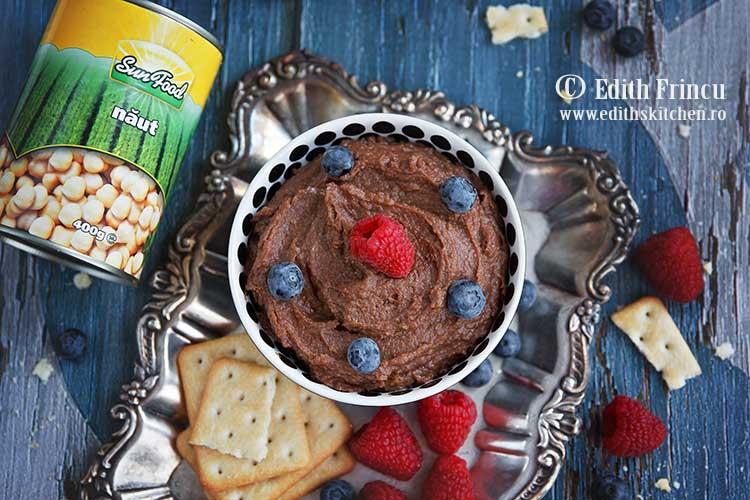 hummus cu cacao si scortisoara 2 - Hummus cu cacao si scortisoara