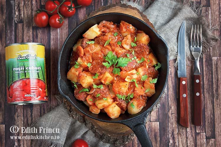 tocanita cu chorizo 2 - Tocanita cu cartofi si carnati chorizo