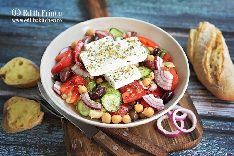 salata greceasca cu naut 1 - Salata greceasca cu naut
