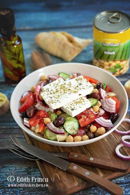 salata greceasca cu naut 2 - Salata greceasca cu naut