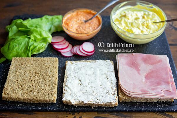 club sandwich ingrediente - Club sandwich cu porumb si sunca