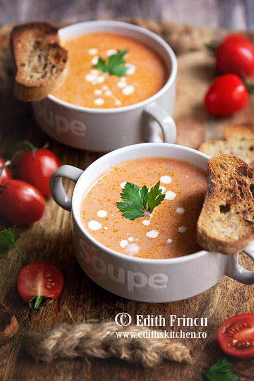 supa de rosii cu smantana 1 - Supa de rosii cu smantana