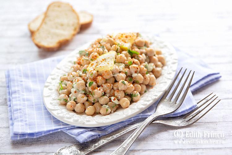 salata de naut cu branza si patrunjel 1 - Salata de naut cu branza si patrunjel