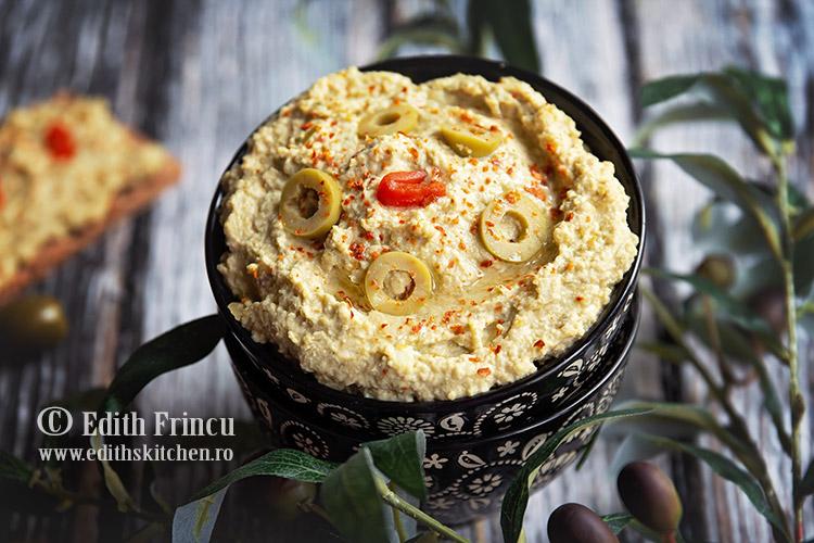 hummus cu masline verzi 2 - Hummus cu masline verzi