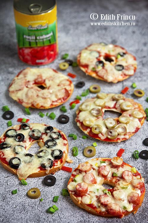 pizza bagels 1 - Pizza bagels