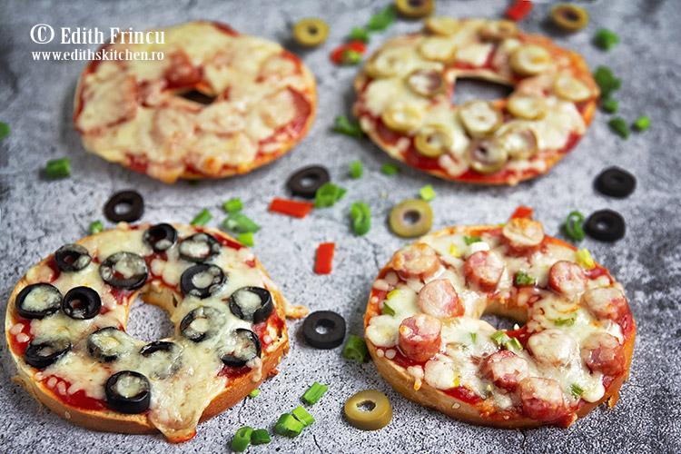 pizza bagels 2 - Pizza bagels