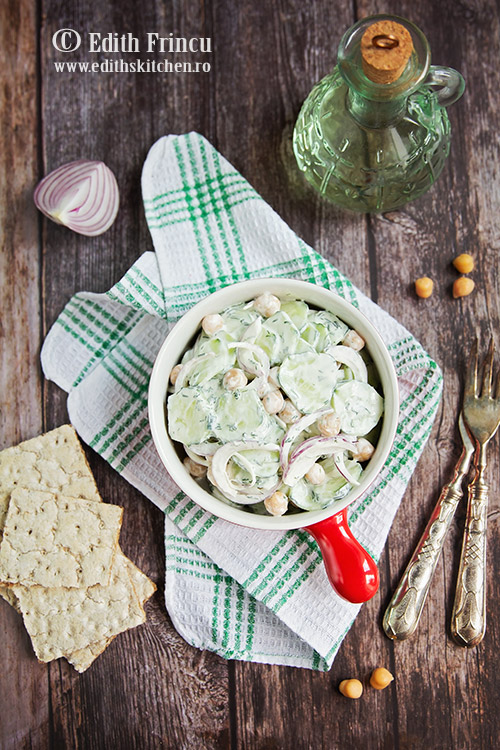 salata de castraveti cu naut si smantana 1 - Salata de castraveti cu naut si smantana
