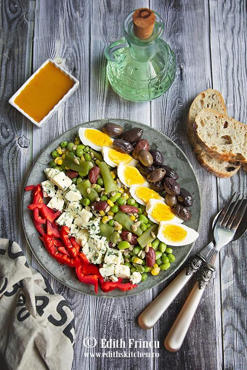 salata wellness cu ou si masline 1 - Salata wellness cu oua si masline