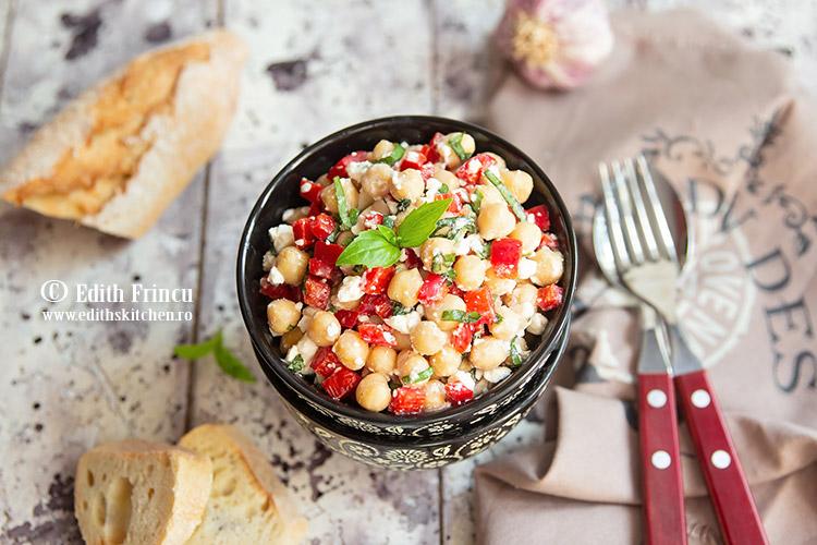 salata de naut cu ardei copt 1 - Salata cu naut si ardei copt