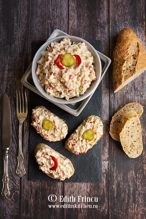 salata de ton cu muraturi si maioneza - Salata de ton cu muraturi si maioneza