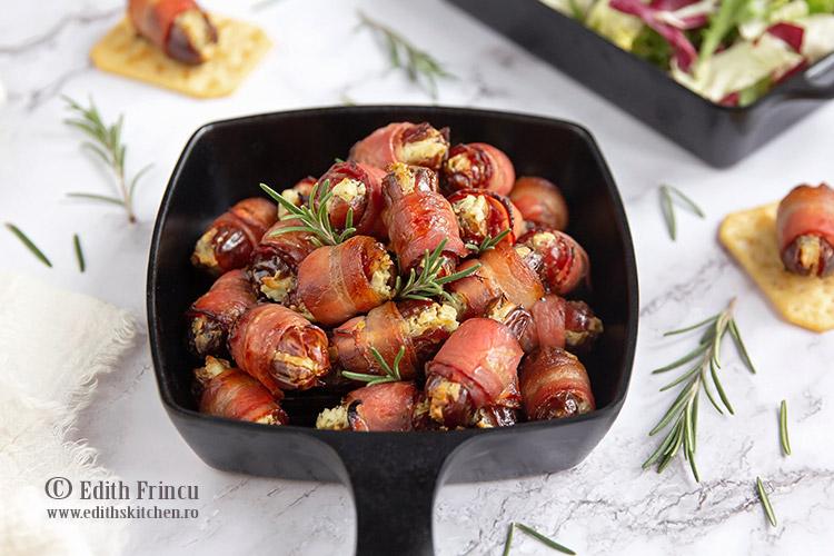 Curmale cu crema de branza in bacon 1 - Curmale cu crema de branza in bacon