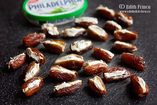 curmale umplute cu Philadelphia - Curmale cu crema de branza in bacon