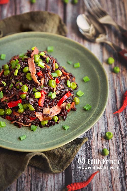orez negru cu bacon si legume - Orez negru cu legume si bacon