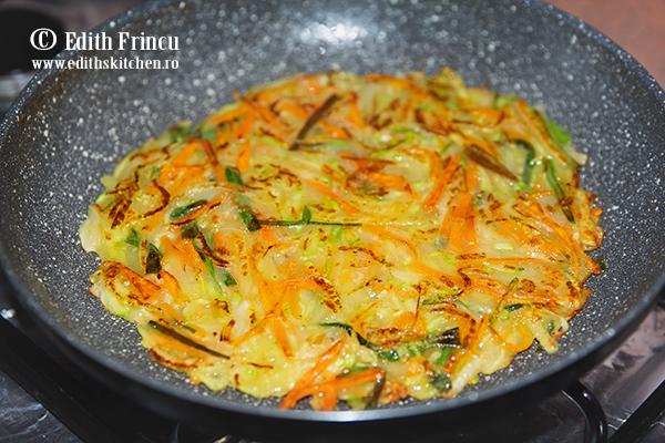 clatite cu legume in tigaie - Clatite cu legume