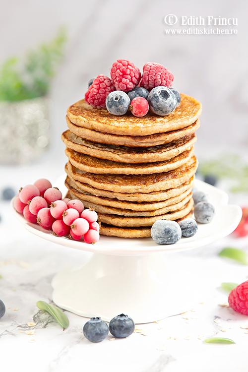 pancakes cu banane si ovaz 1 - Pancakes cu banane si fulgi de ovaz