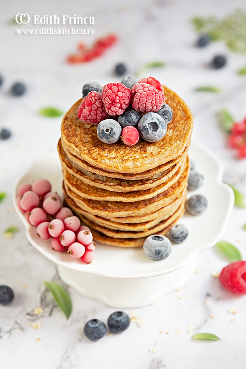 pancakes cu banane si ovaz 2 - Pancakes cu banane si fulgi de ovaz